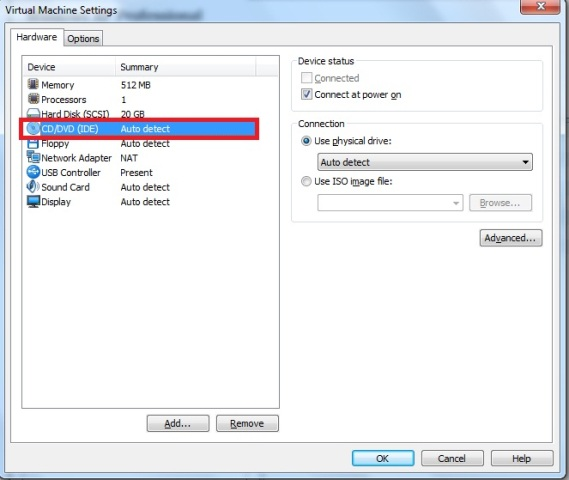 Janela Virtual Machine Settings � aba hardware � op��o CD/DVD (IDE)